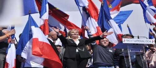 Marine Le Pen adoucit le ton dimanche 5 février à Lyon