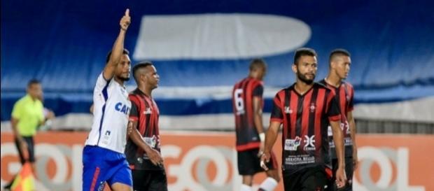 Hernane comemora seu primeiro gol na temporada