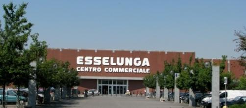 Esselunga assume in diverse città