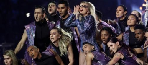 It's all 'unity' and 'inclusiveness' for Lady Gaga's Super Bowl LI haltime show, without snide political asides./ Photo from 'CNN' - edition.cnn.com