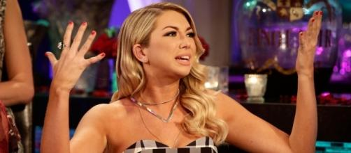 Stassi Schroeder Blames Scheana Shay for Stirring Up Sex Tape ... - eonline.com