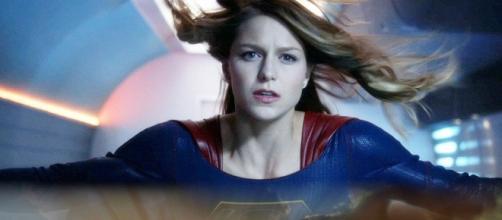 Supergirl Season 2 - Kara meets the magical Mr. Mxyzptlk on 'Supergirl'. Photo via: cosmicbooknews.com