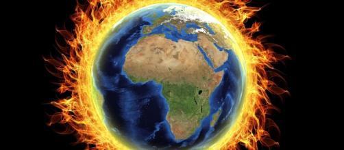 Whistleblower drops bomb on NOAA's heated claims. Pixabay - Avtar Kamani