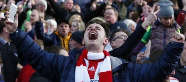 Fans of Premier League clubs like Sunderland are used to battles to survive (Source: ienews.co.uk)