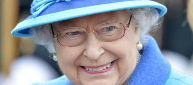 Queen to be first British monarch marking Sapphire Jubilee after ... - expressandstar.com