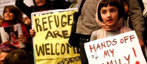 Trump travel ban leaves legal immigrant residents fearing exit ... - jpost.com