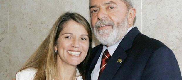 Atriz Tássia Camargo processará internauta que criticou sua foto com Lula