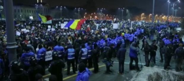 Rumanía anuncia un nuevo proyecto de ley criminal mientras ... - elmundo.es