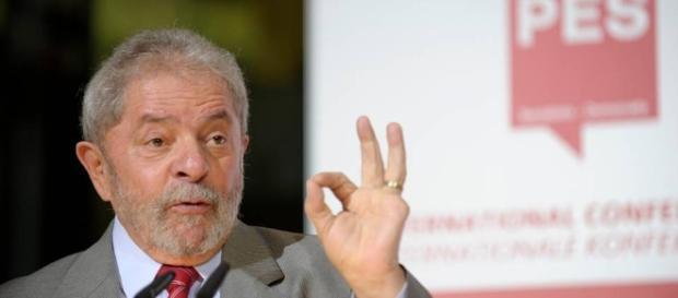 Saiba quais famosos apoiam Lula e o PT