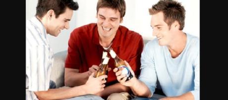 Algumas atitudes nas amizades masculinas intrigam as mulheres.