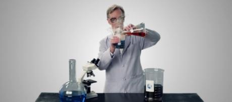 Bill Nye Saves the World. JoBlo TV Show Trailers (YouTube-Screencap)