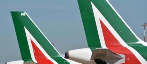 """Contratto Alitalia, sindacati: """"Stop alle trattative"""" - La Stampa - lastampa.it"""