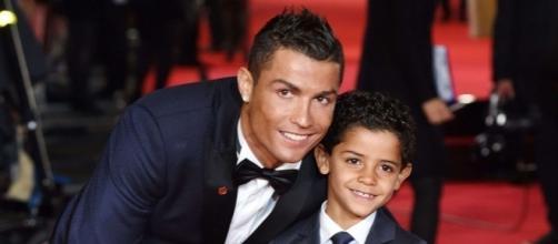 Cristiano Ronaldo ne lâche rien, même face à son fils - Gala - gala.fr