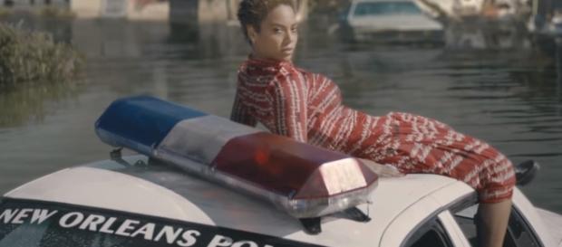Beyoncé está sendo processada novamente