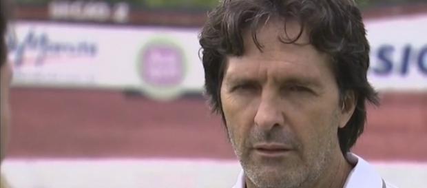 Carlinhos Alves ficou apenas dois jogos à frente do Paulista