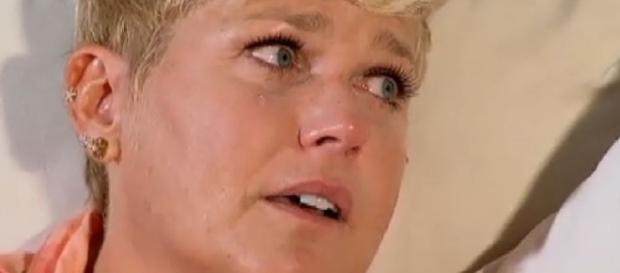 Xuxa se emociona e chora ao falar da mãe: 'Não consigo me imaginar ... - com.br