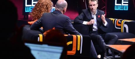 Macron sur le plateau de Le Web - CC BY