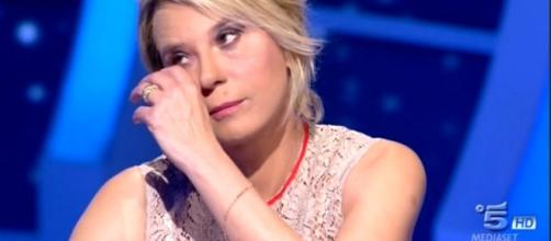 C'è posta per te, Maria De Filippi piange per la storia di Antonio ... - today.it