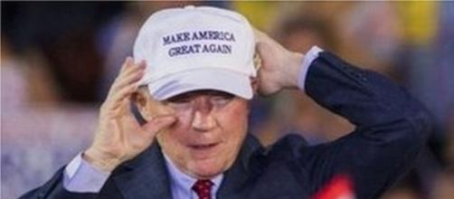 Jeff Sessions at a Trump rally in 2016 / Photo by Alexi Peristianis, Blasting News library