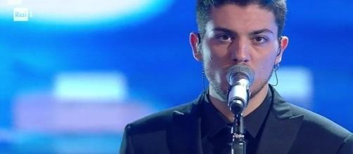 Lele Esposito vince tra le Nuove Proposte di Sanremo 2017