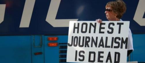Mainstream Media Are Merchants of 'Fake News' | The Daily Rant - mychal-massie.com