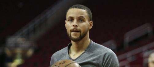 Stephen Curry dished out a clever burn while taking a stand ... - usatoday.com