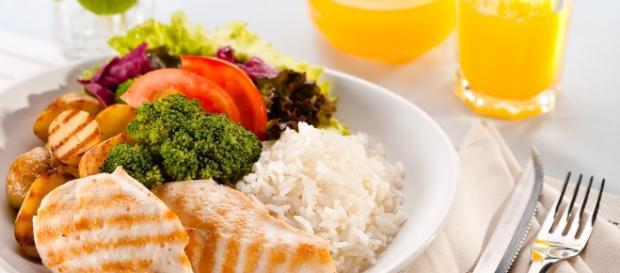 É possível mudar a alimentação aos poucos e ser mais saudável