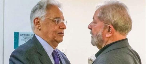 Ex-presidentes Fernando Henrique Cardoso e Luíz Inácio Lula da Silva (à dir.)