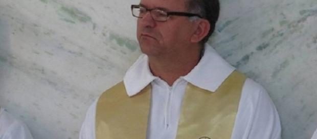 Padre é encontrado ferido em Motel, em Divinópolis Minas Gerais.