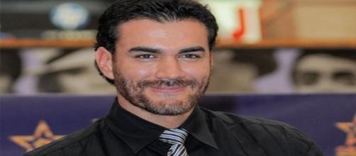 """David atuou em """"Abismo de Paixão"""" ao lado de Angelique Boyer"""