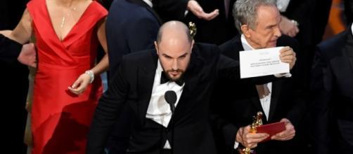 Oscars 2017: Award mix up - go.com