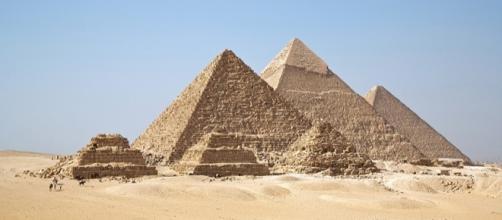 Pirâmides do complexo de Gizé.