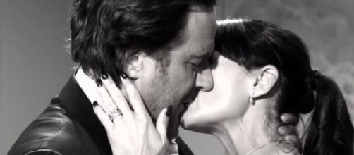 Quinn e Ridge si baciano ancora. Verranno scoperti? Ecco le anticipazioni americane delle trame di Beautiful.