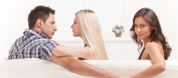 4 sinais que seu parceiro está lhe traindo