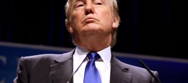 Tom belicista de Trump pode aumentar as tensões no mundo.