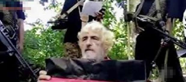 Vídeo mostra velejador alemão sendo decapitado por grupo extremista Islâmico.