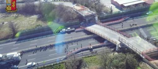 A14, crolla ponte: due morti e tre feriti - repubblica.it