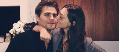 É o fim do namoro do casal das série de vampiros