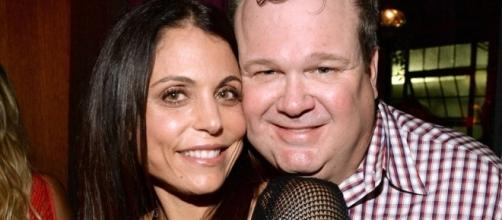 How Bethenny Frankel Improved Eric Stonestreet's Sex Life | E! News - eonline.com