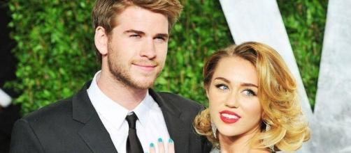 Miley Cyrus, Liam Hemsworth secretly married? Photos ... - indiatimes.com