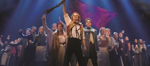 """Teatro Renault exibe, a partir desta sexta-feira, o musical """"Os Miseráveis"""""""