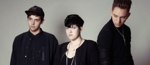 The xx post photo from studio as they record third album - NME - nme.com