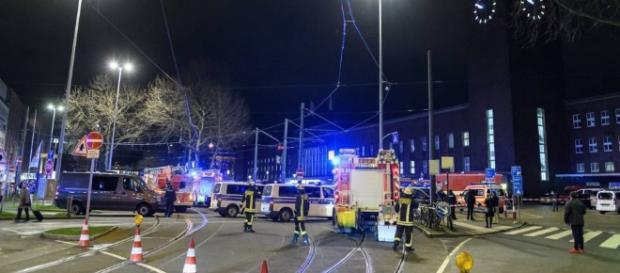 Alemania: Al menos cinco heridos en Dusseldorf por el ataque de un ... - elpais.com