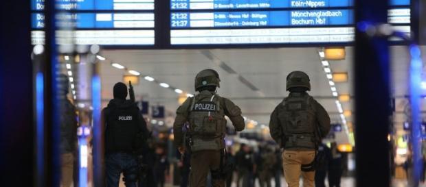Verletzte bei Axt-Attacke im Düsseldorfer Hauptbahnhof - watson - watson.ch