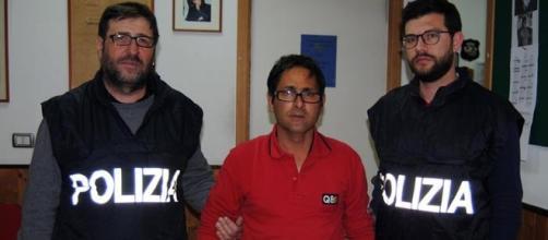 L'arresto di Giuseppe Pecoraro che inchiodato dagli inquirenti ha confessato di aver bruciato vivo un clochard a Palermo. Foto: Ansa.