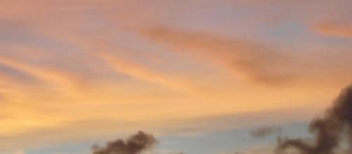 Las nubes grises también merecen estar arriba. Amanecer