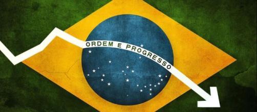 O Brasil é o país do Carnaval, futebol, do jeitinho, do D. Pedro II que destruiu Mauá