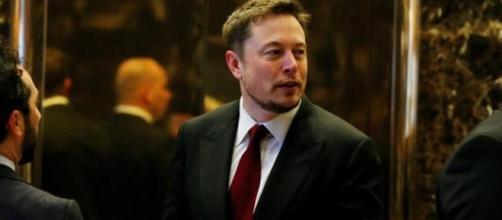 Tesla's Elon Musk offers to fix South Australia's power crisis in ... - hindustantimes.com
