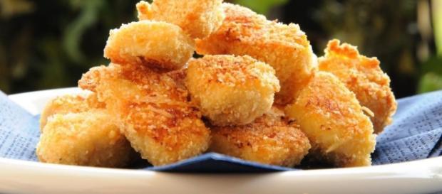 Bocconcini di pollo accompagnato da verdure - lospicchiodaglio.it