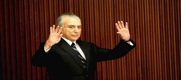 Efeito Odebrecht faz presidente Michel Temer reunir base governista